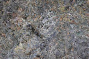 近づいてみた枕状溶岩