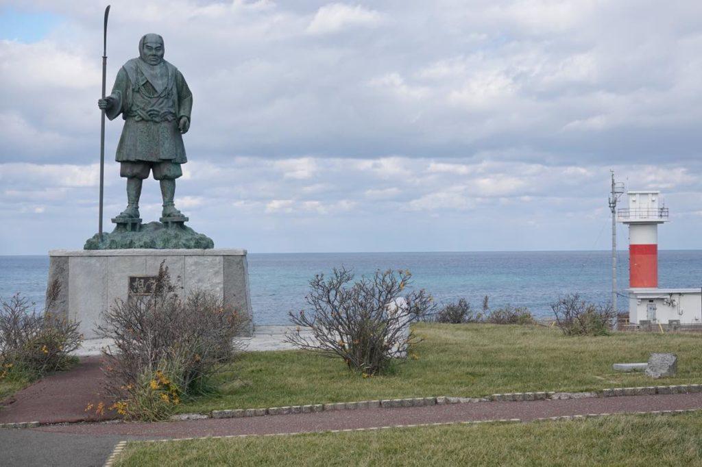 弁慶の銅像